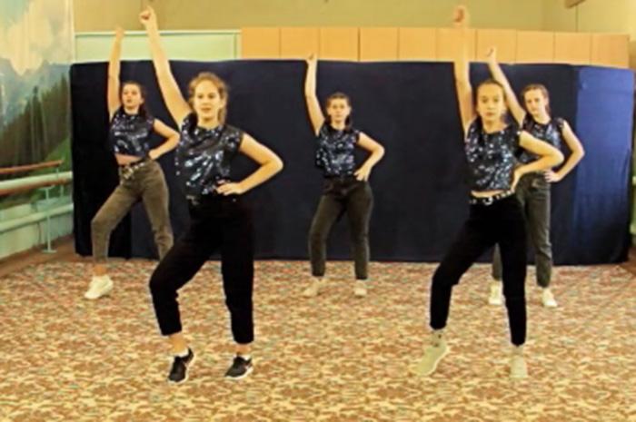 танцевальная группа «Страйк». Танец «Новогодняя ночь»